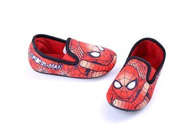 cfa80fa15ce34 Superhéroes — Zapatillas pantuflas para casa de Spiderman. Pantuflas  Spiderman