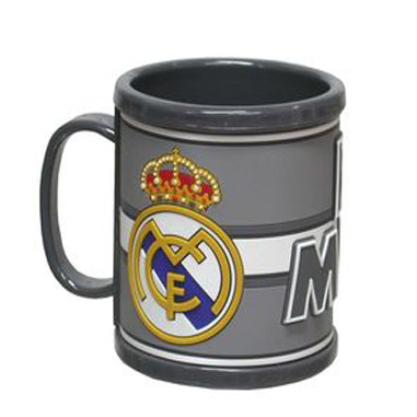 Taza infantil Real Madrid. Taza infantil Real Madrid. Taza rubber 3D Real  Madrid d6035c3d798b0