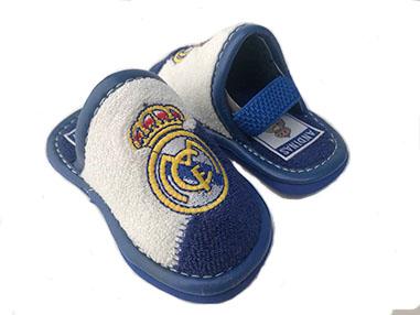 Zapatillas para verano del Real Madrid